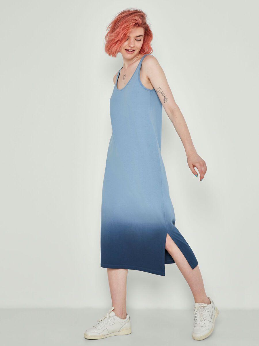 Noisy May SLEEVELESS MAXI DRESS - Faded Denim - 27016617_FadedDenim_858717_007.jpg